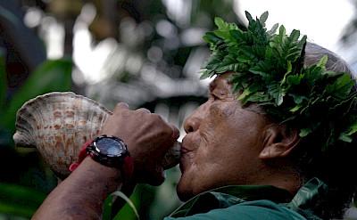 Traditional Hawaiian welcome, Hawaii. ©TO