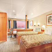Admiral triple cabin side | Safari Explorer | Alaska and Hawaii Cruise Tour