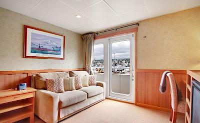 Commodore Suite | Safari Explorer | Alaska and Hawaii Cruise Tour