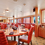 Dining Room | Safari Explorer | Alaska and Hawaii Cruise Tour
