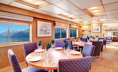 Dining room | Safari Quest | Pacific Northwest Cruise Tour