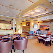 Lounge and bar | Safari Quest | Pacific Northwest Cruise Tour