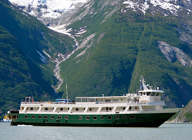 Boat | Wilderness Discoverer | Alaska and USA Cruise Tour