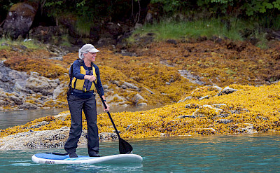 Stand up paddleboarding in Alaska. ©TO by Wolfgang Kaehler