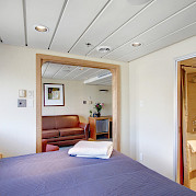 Commodore cabin room | Safari Endeavour | Alaska Cruise Tour