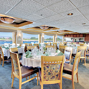Dining room | Safari Endeavour | Alaska Cruise Tour