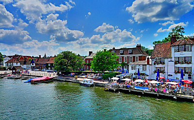 Henley on Thames in Oxfordshire, England. Flickr:Timo Newton-Syms