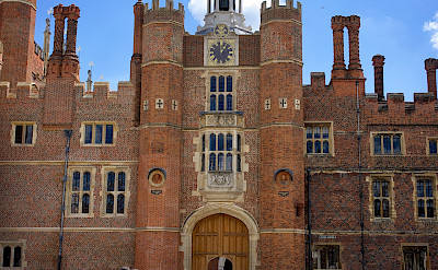 Main Gate at Hampton Court in England. Flickr:Paul Hudson