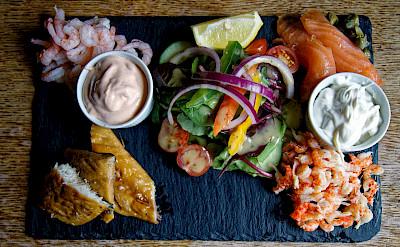 Seafood platter in England1 flickr:acabashi