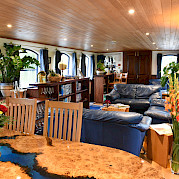 Lounge   Magna Carta   Small Cruise Ship Luxury Tour