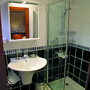 Bathroom | Magna Carta | Small Cruise Ship Luxury Tour