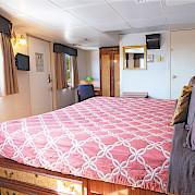 Junior Commodore cabin 301 | Wilderness Legacy | Pacific Northwest