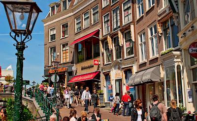 Shopping in Leiden, South Holland, the Netherlands. Flickr:Tambako the Jaguar