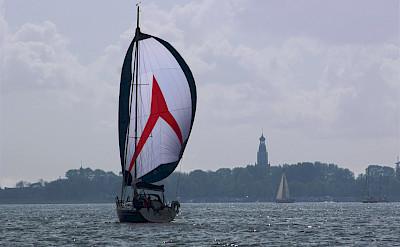 Sailing to Enkhuizen on the IJsselmeer in Friesland, the Netherlands. Flickr:Bas Leenders