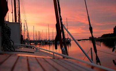 Sunset over Makkum, the Netherlands. Flickr:Maurice Luimes