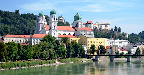 "Passau, the ""3 River City"" along the Danube, Inn & Ilz Rivers. CC:HighContrast"