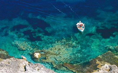 Azure-blue waters of the Adriatic Sea in Istria, Croatia. ©TO