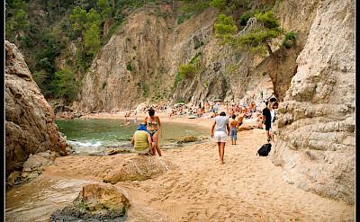 Beaching in Calella de Palafrugell, Costa Brava, Catalonia, Spain. Flickr:Jos Dielis