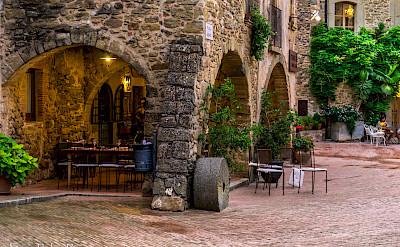 Dining in Girona, Spain. Flickr:Enric Rubioros