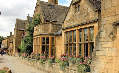 Typical Cotswolds village in England. Flickr:Karen Roe