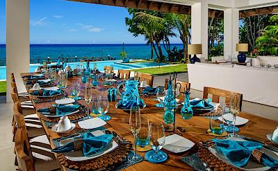 Aqua Bay Dining