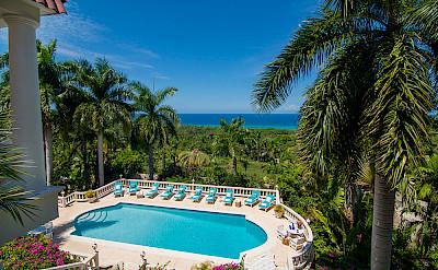 Es Pool View