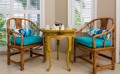 Es Bedroom Sitting Area