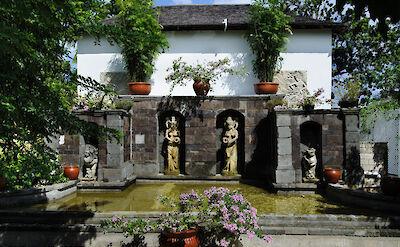Mhil Sculp Garden 1