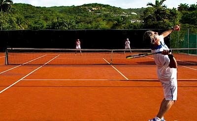 Tennis 2 L
