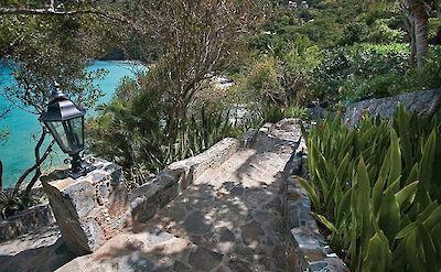 B Peter Bay Beach Villa Stone Steps To Beach