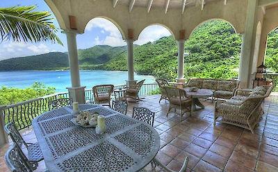 B Peter Bay Beach Villa Deck Seating