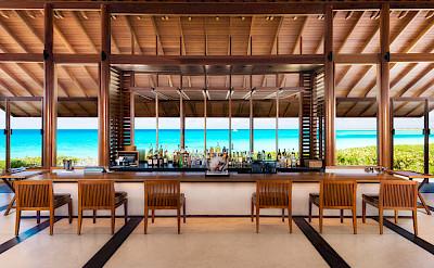 Amanyara Beach Club Bar