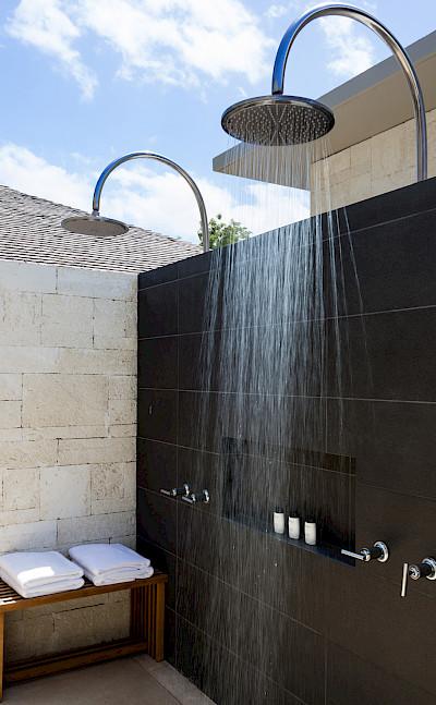 Villa 3 Master Outdoor Shower