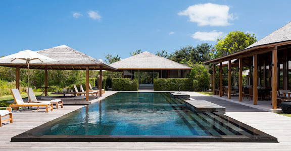 Villa 2 Infinity Pool