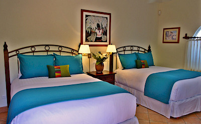 Agave Azul Queen Beds Blue Luxury Villa For Rent In Cabo Del Sol Lifestyle Villas L
