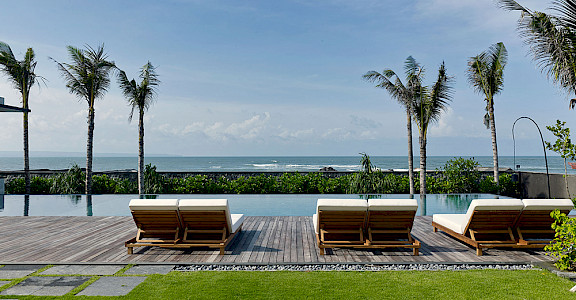 Arnalaya Beach House Sunloungers By The Pool