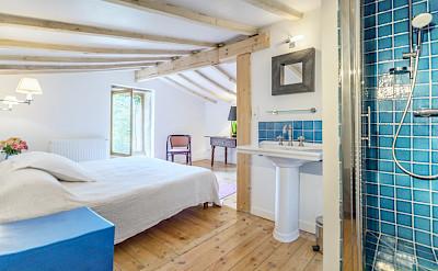 Interior Bedroom 4 Loft Aoartment 2