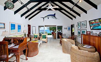 Baie Longue Beach House Living 4