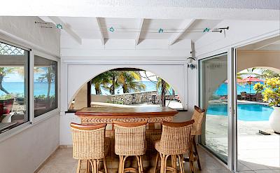 Baie Longue Beach House Bar