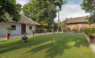 Villa Lawn In Front Of Lembu Bale