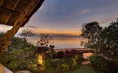 Villa Garden By Beach Access