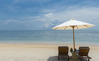 Villa Beach Sun Loungers