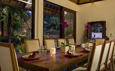 Villa Dining Room At Night