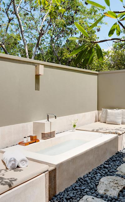 Outdoor Bath Shower