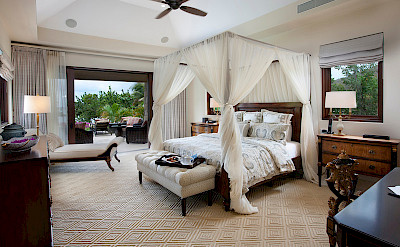 Onb Bella Beach Master Bedroom L