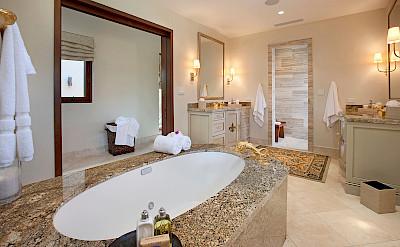 Onb Bella Beach Master Bath L