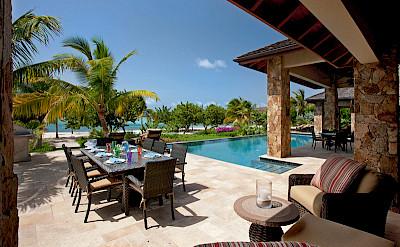 Onb Bella Beach Terrace Dining L