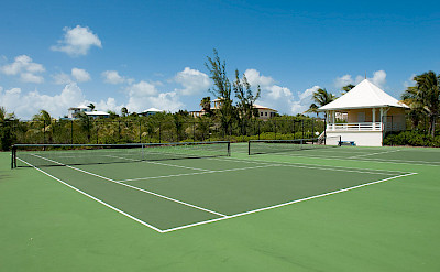 Private Tennis Courts Within Walking Distance