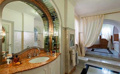 Villa Bath Suite Violetta