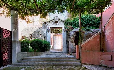 Villa 4 Main Entrance